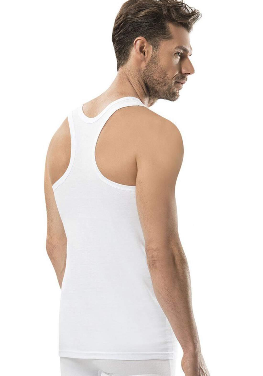 فانيلة داخلية رجالية بيضاء اللون من جيبر