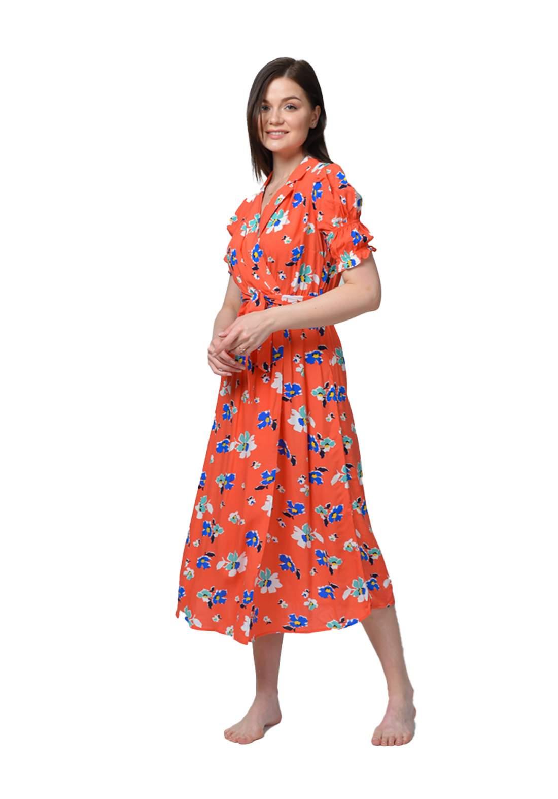 فستان نسائي طويل بنصف كم