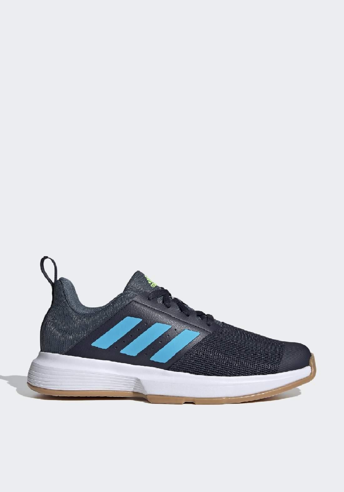 Adidas حذاء رجالي رياضي رصاصي اللون من