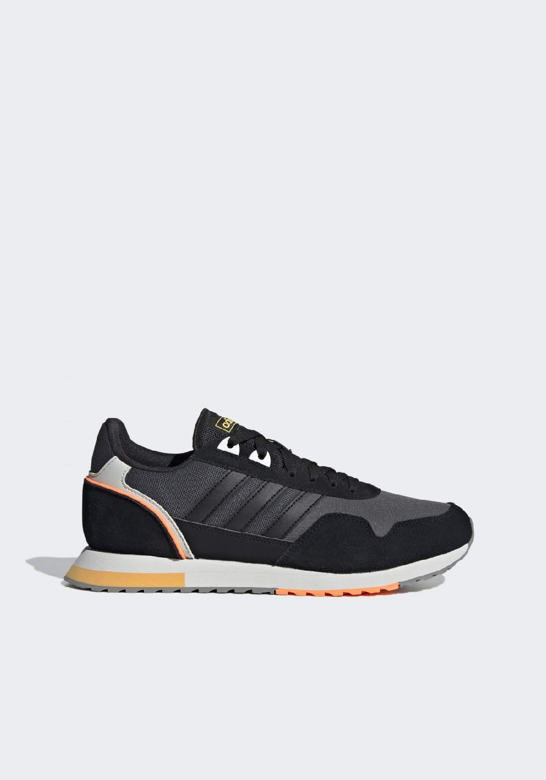 Adidas حذاء رجالي رياضي متعدد الالوان من