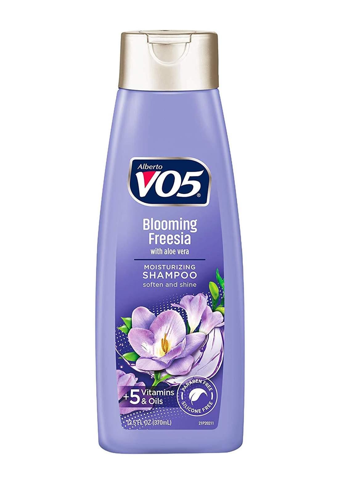 VO5 Alberto Herbal Escapes Hydrating Shampoo 370ml شامبو للشعر