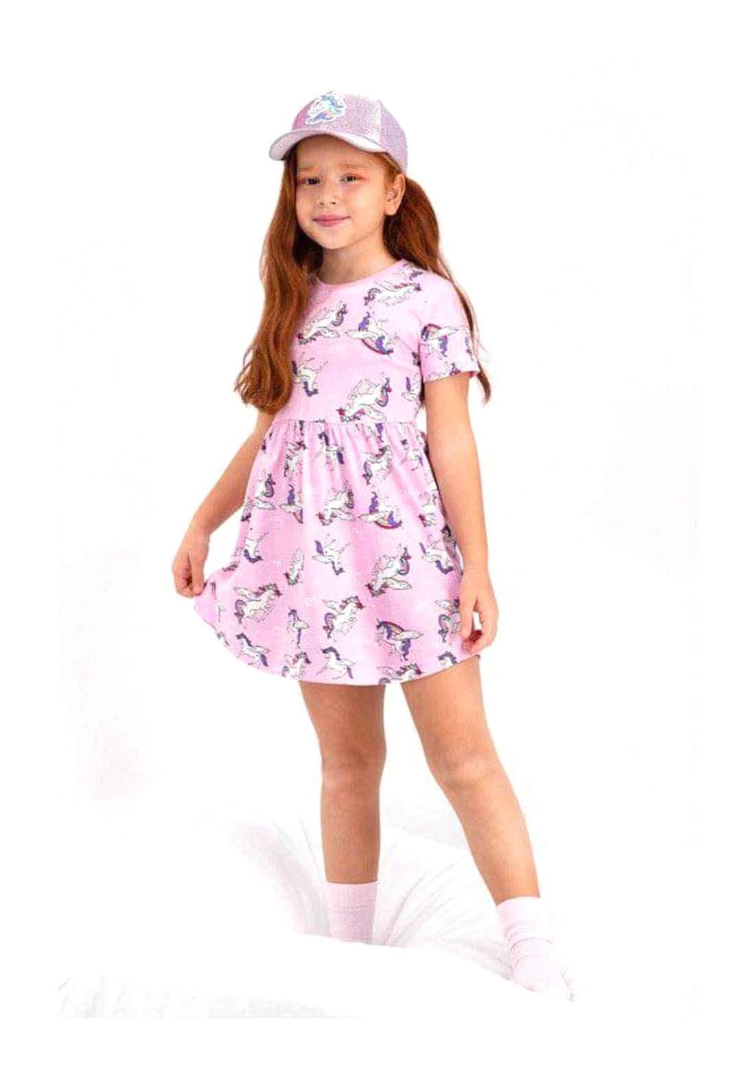 فستان بناتي وردي اللون