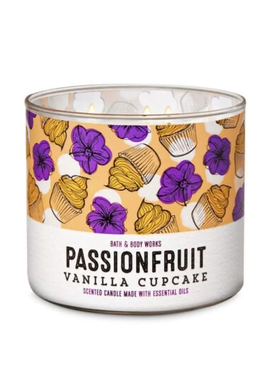 Bath And Body Works 3-Wick Candle - Passionfruit Vanilla Cupcake شمعة عطرية
