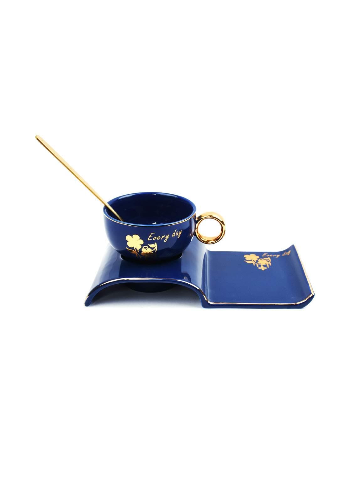 cup of coffee كوب قهوة نيلي اللون