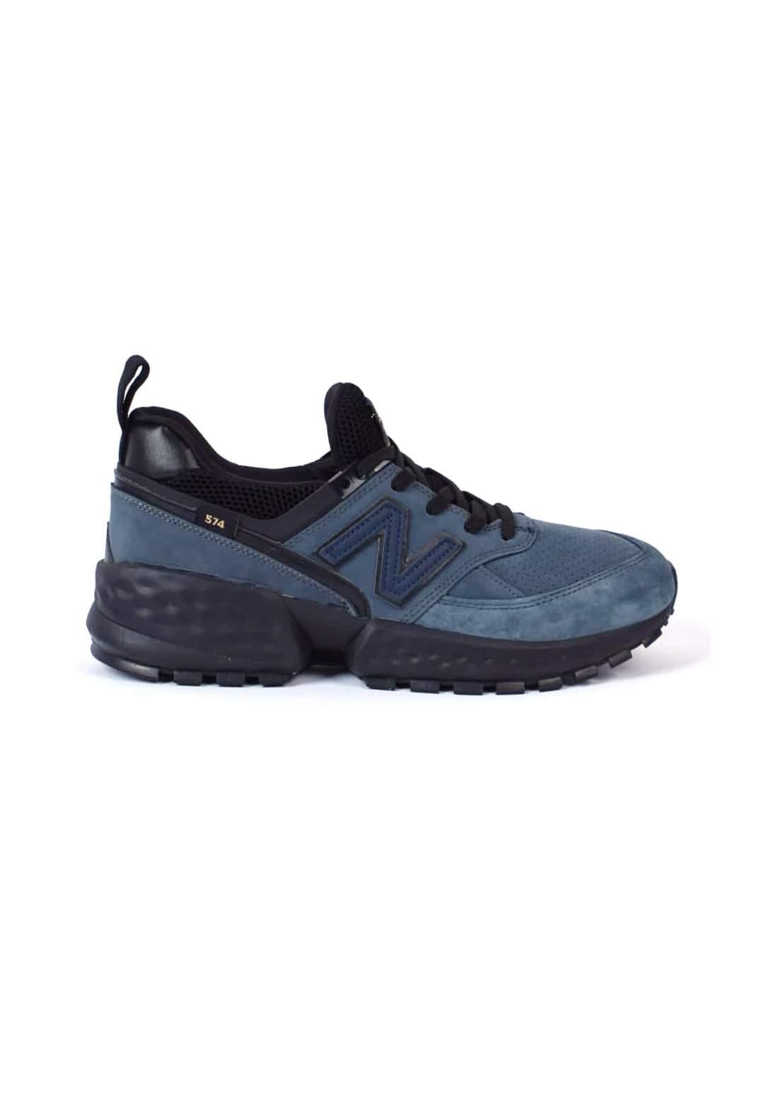 حذاء رياضي نيلي اللون من New Balance