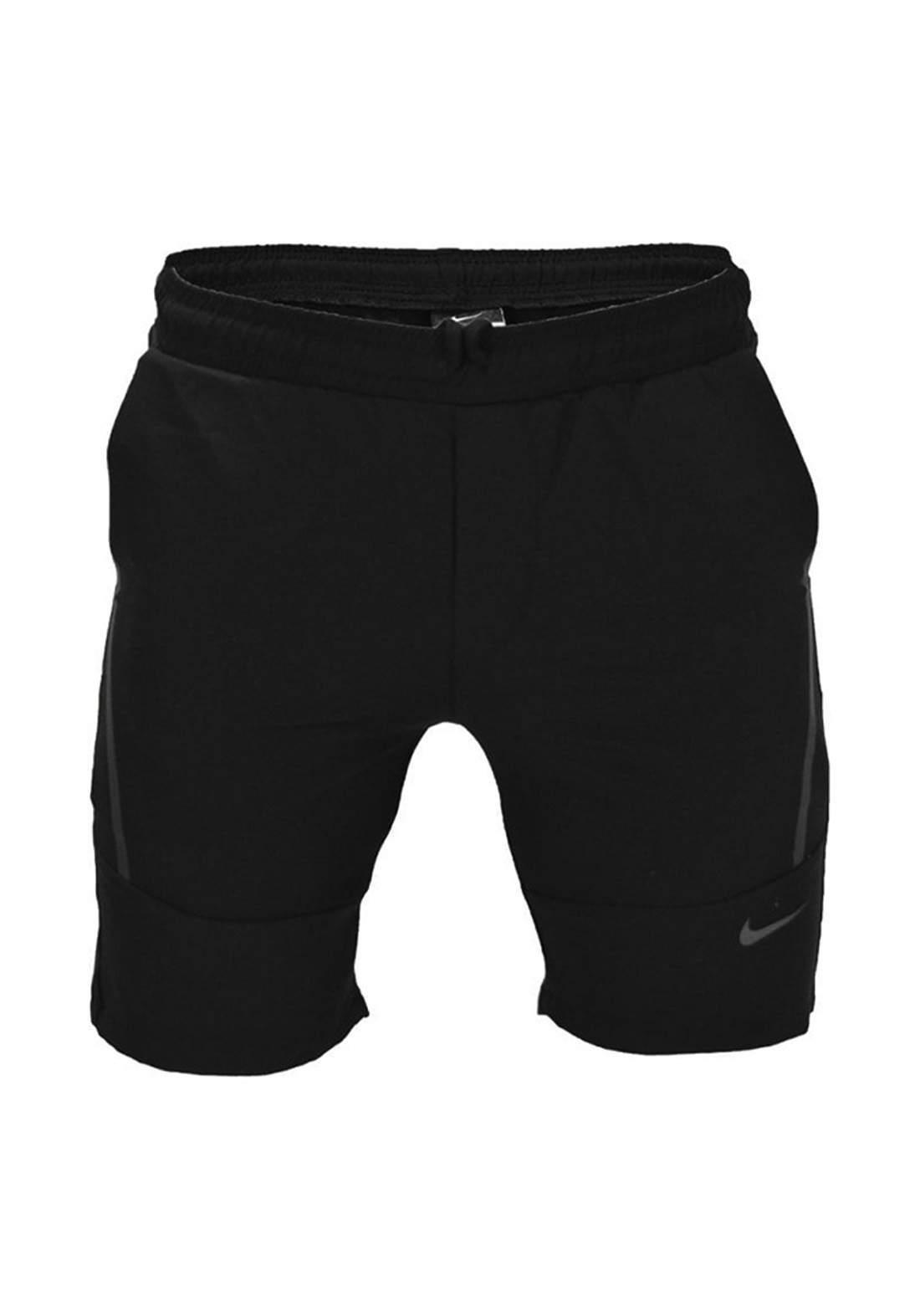 شورت رياضي أسود أللون من Nike