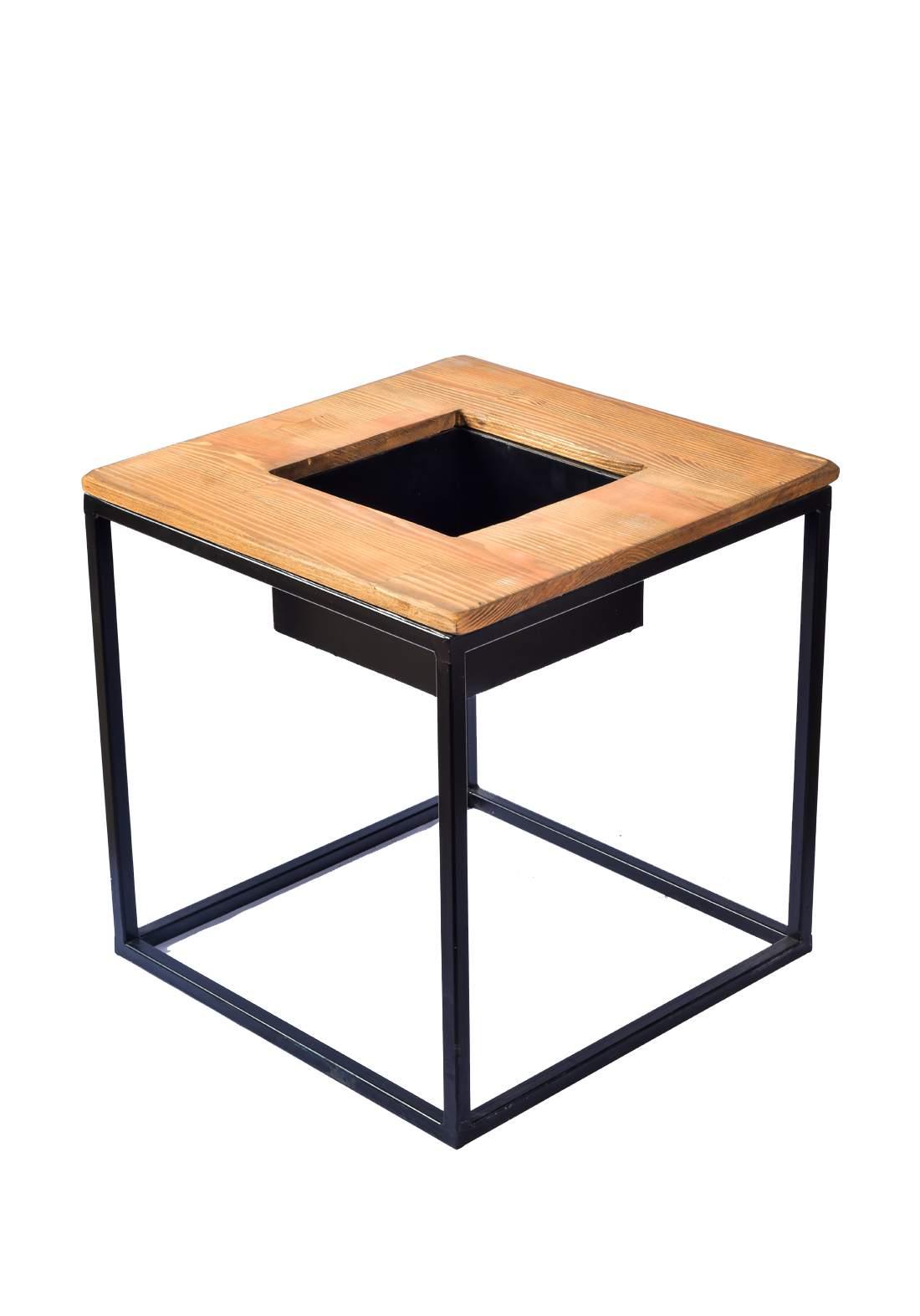 ستاند نبات خشبي مربع