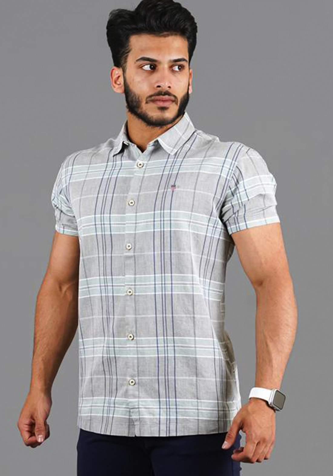 قميص رجالي بنصف كم رصاصي اللون