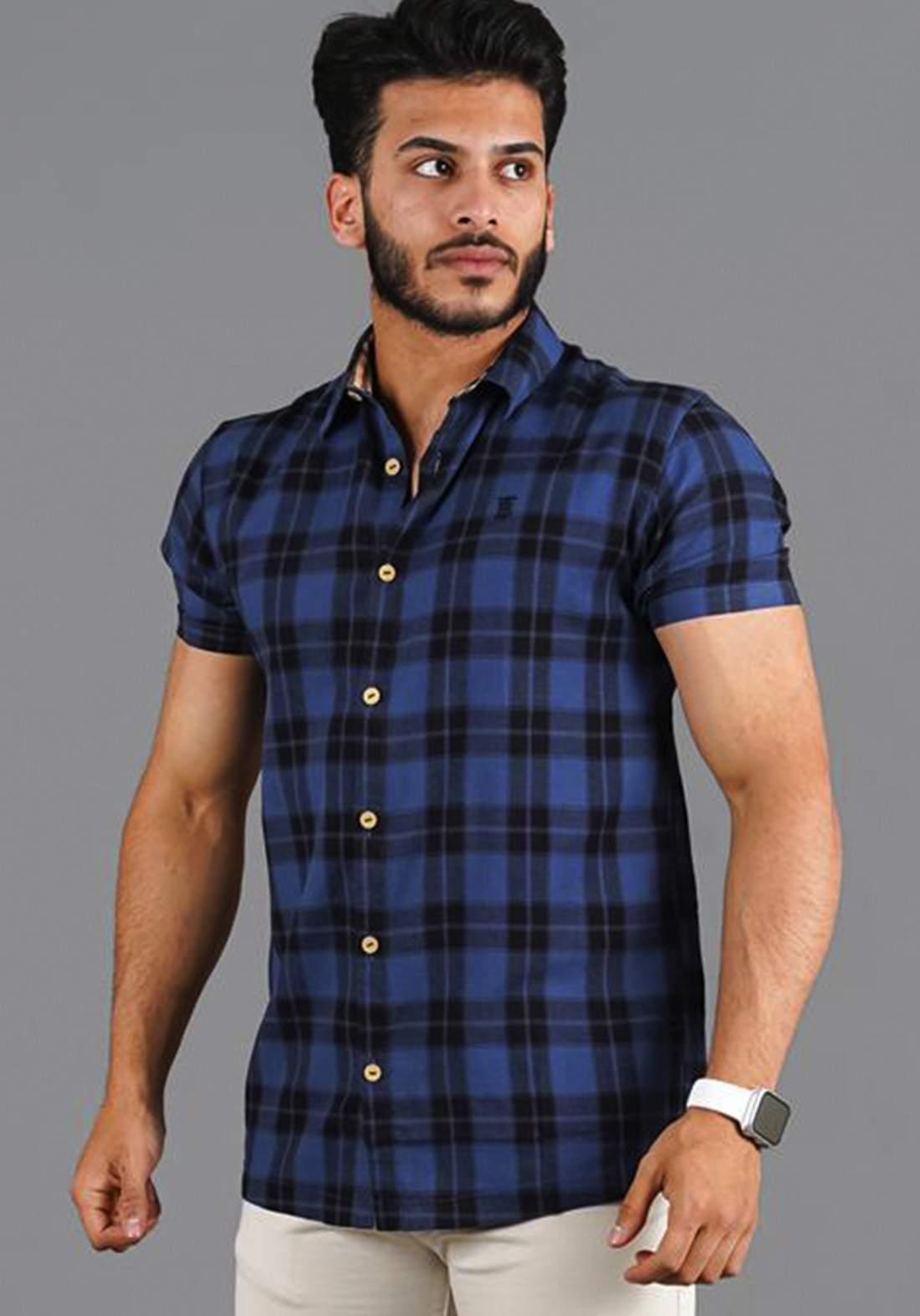 قميص رجالي بنصف كم نيلي اللون