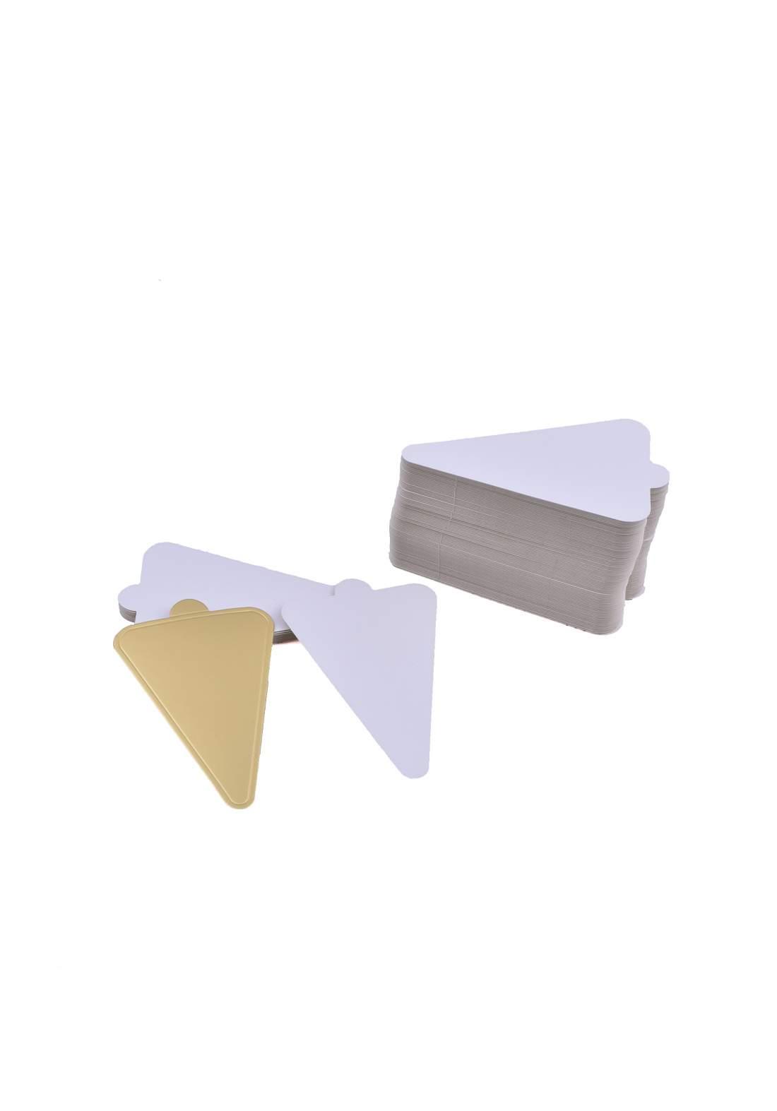 قاعده  قطع كيك صغيرة مثلثة الشكل 5926