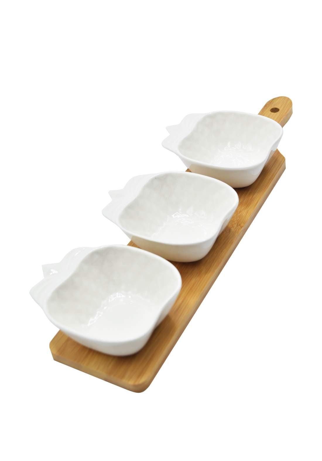 سيت ثلاث اطباق تقديم مع قاعدة خشبية