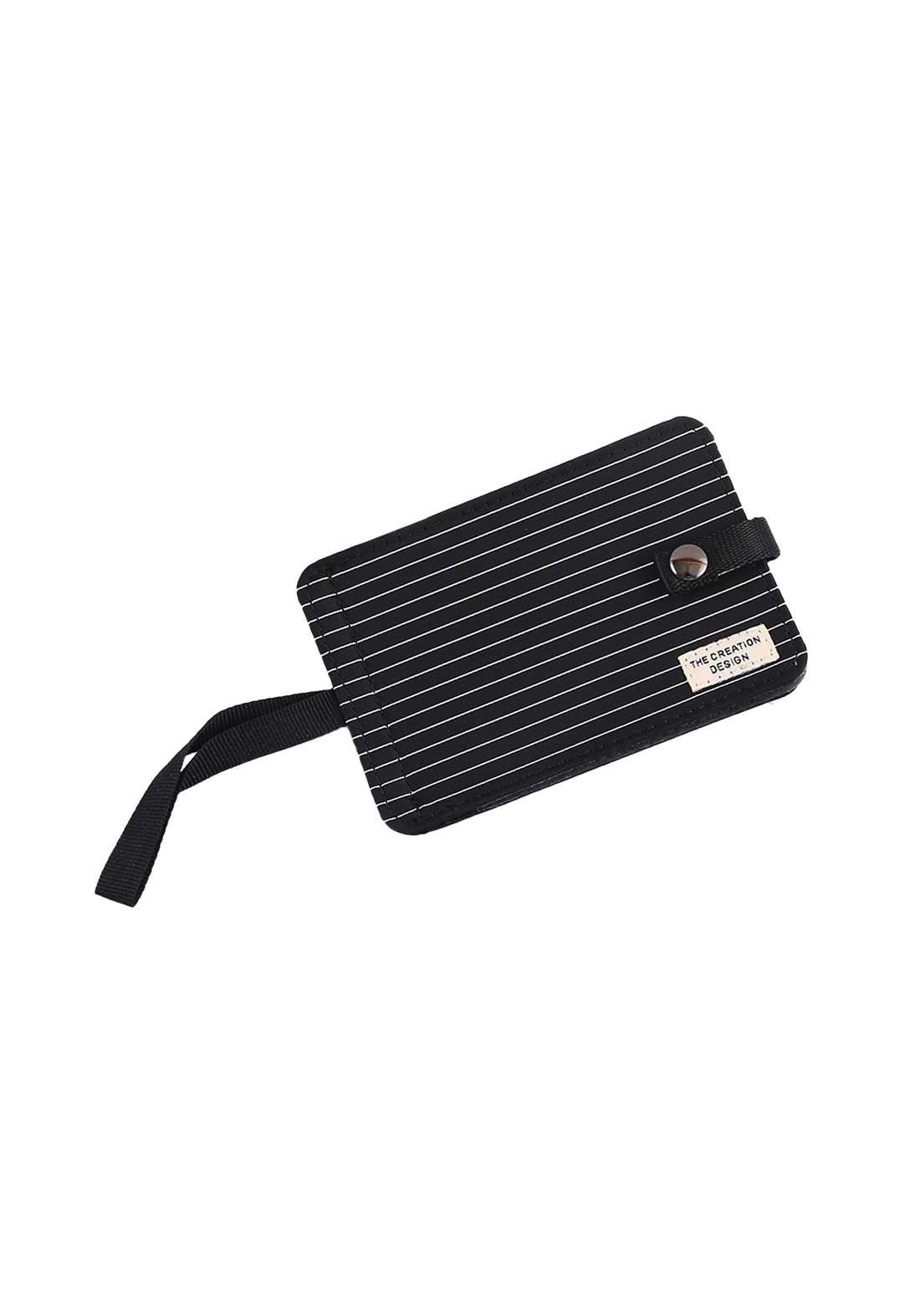 محفظة سوداء اللون من Ilahui