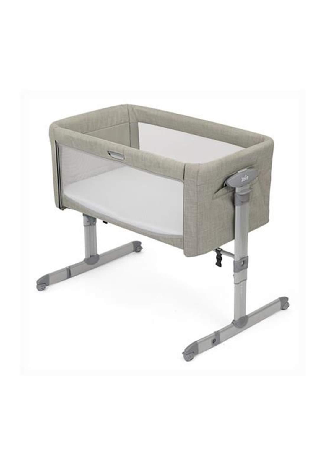 سرير نوم للاطفال Joie Baby P1814AAALM000 Roomie Glide Co-Sleeper Almond