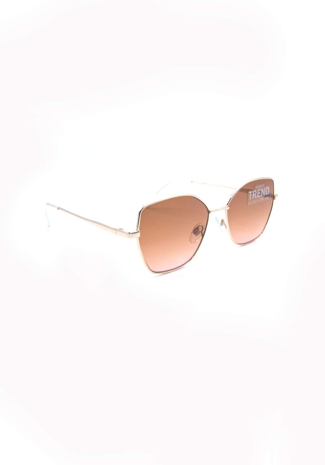 نظارة شمسية نسائية بأطار برونز اللون