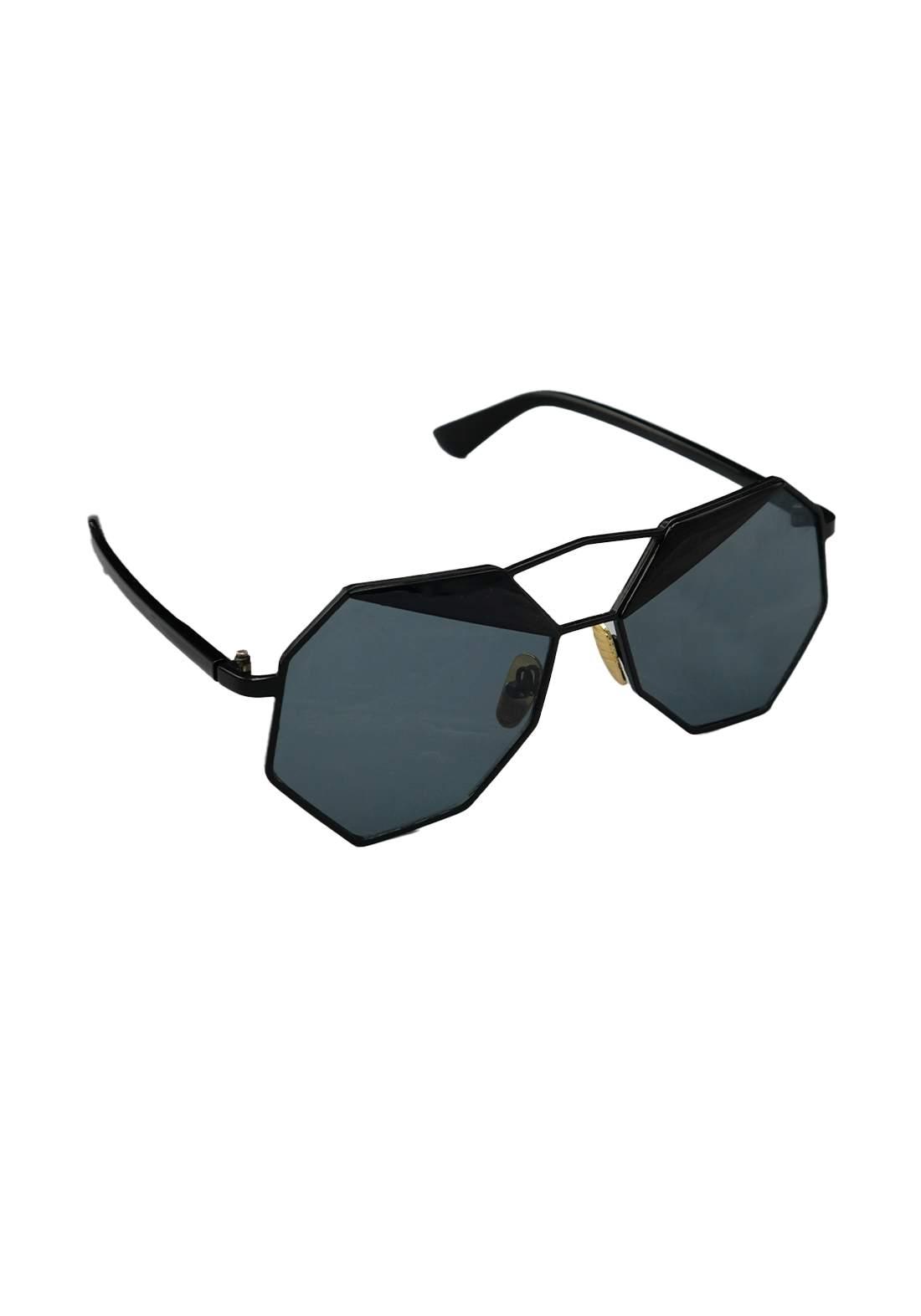 نظارات شمسية نسائية اسود اللون