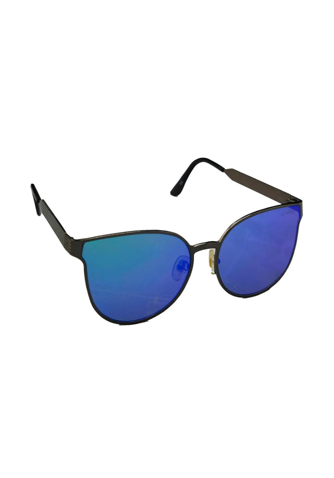 نظارات شمسية نسائية زرقاء اللون