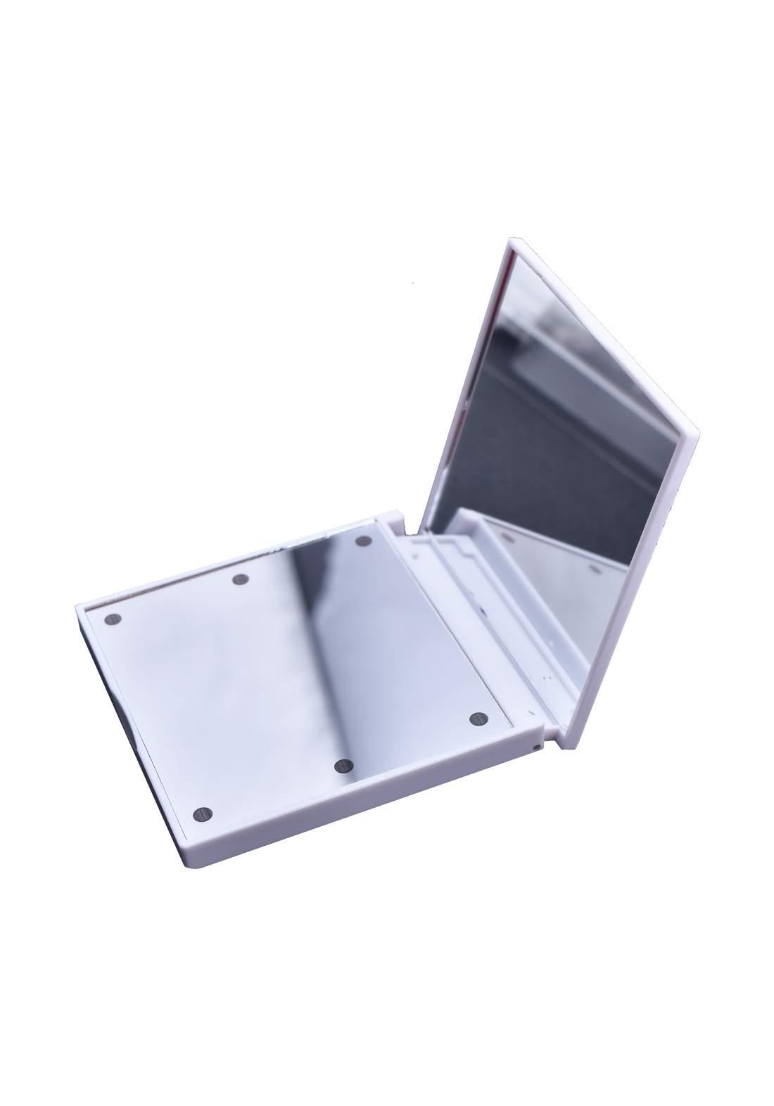 Folding Cosmetic Mirror  With Led مرآة مربعة الشكل مع انارة ضوئية