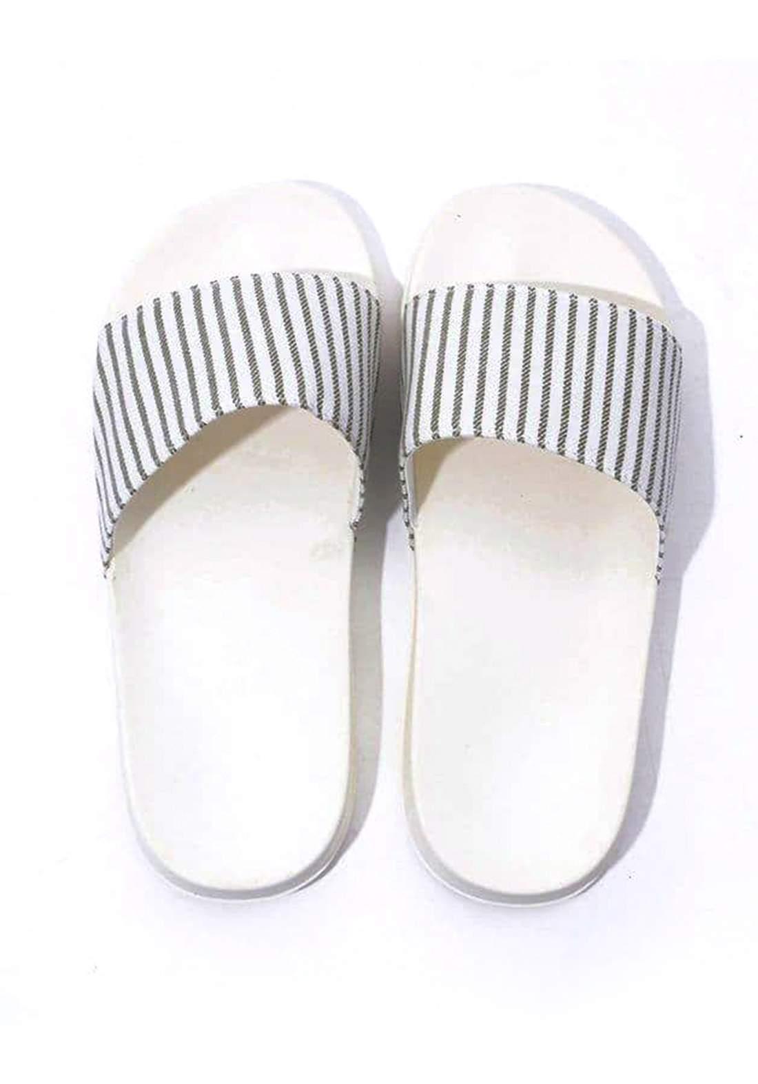 نعل نسائي سميك أبيض  اللون