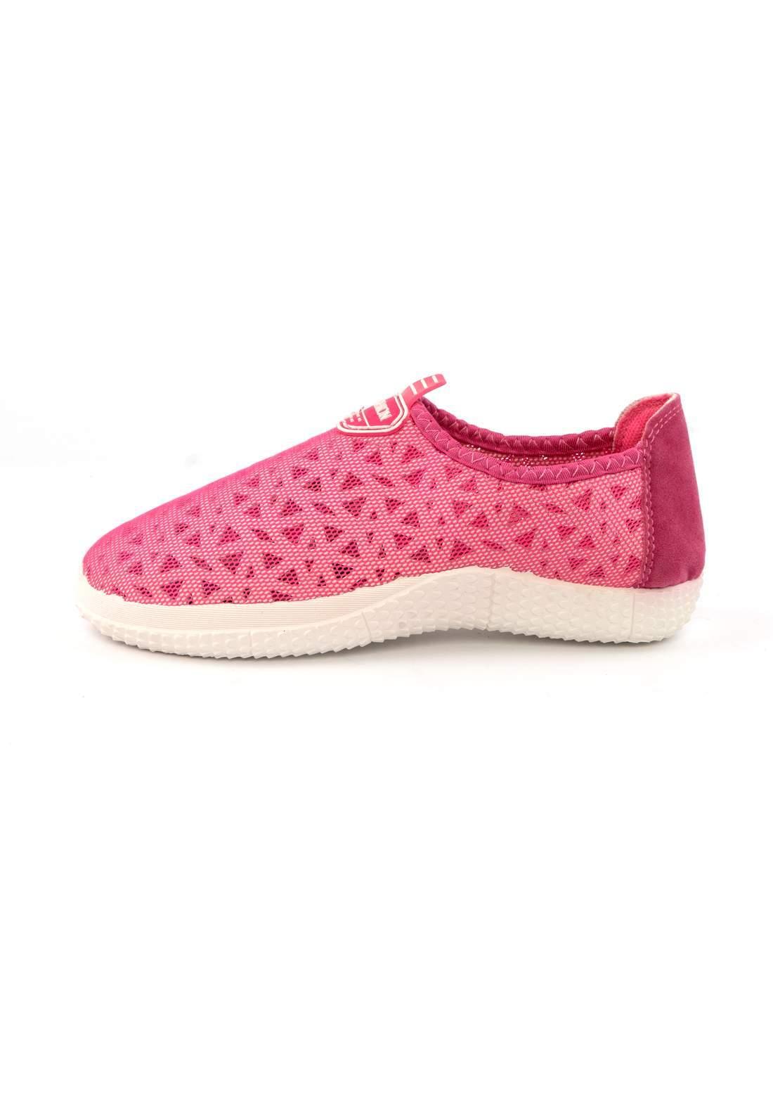 حذاء نسائي رياضي قماش وردي اللون