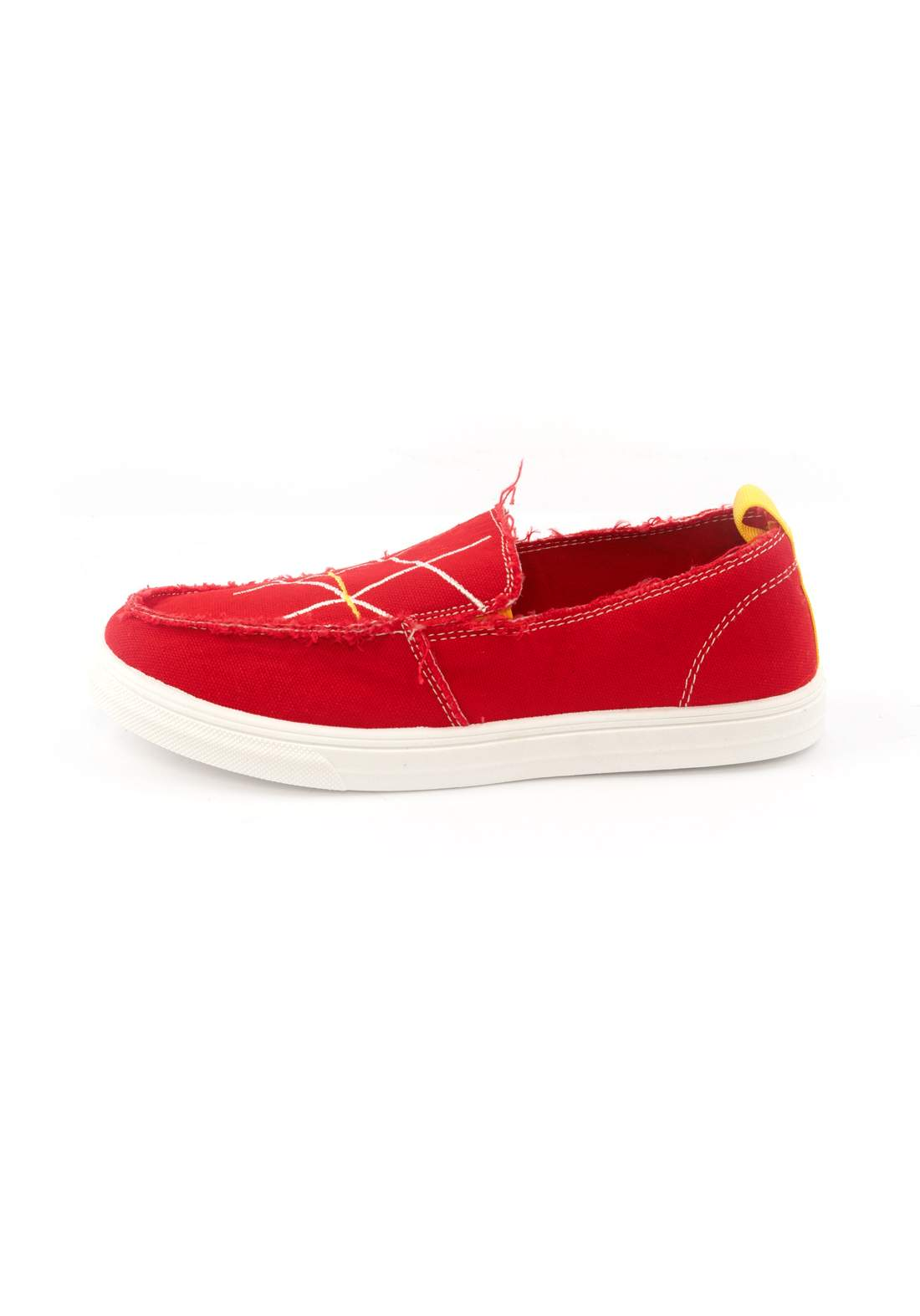 حذاء نسائي قماش أحمر اللون