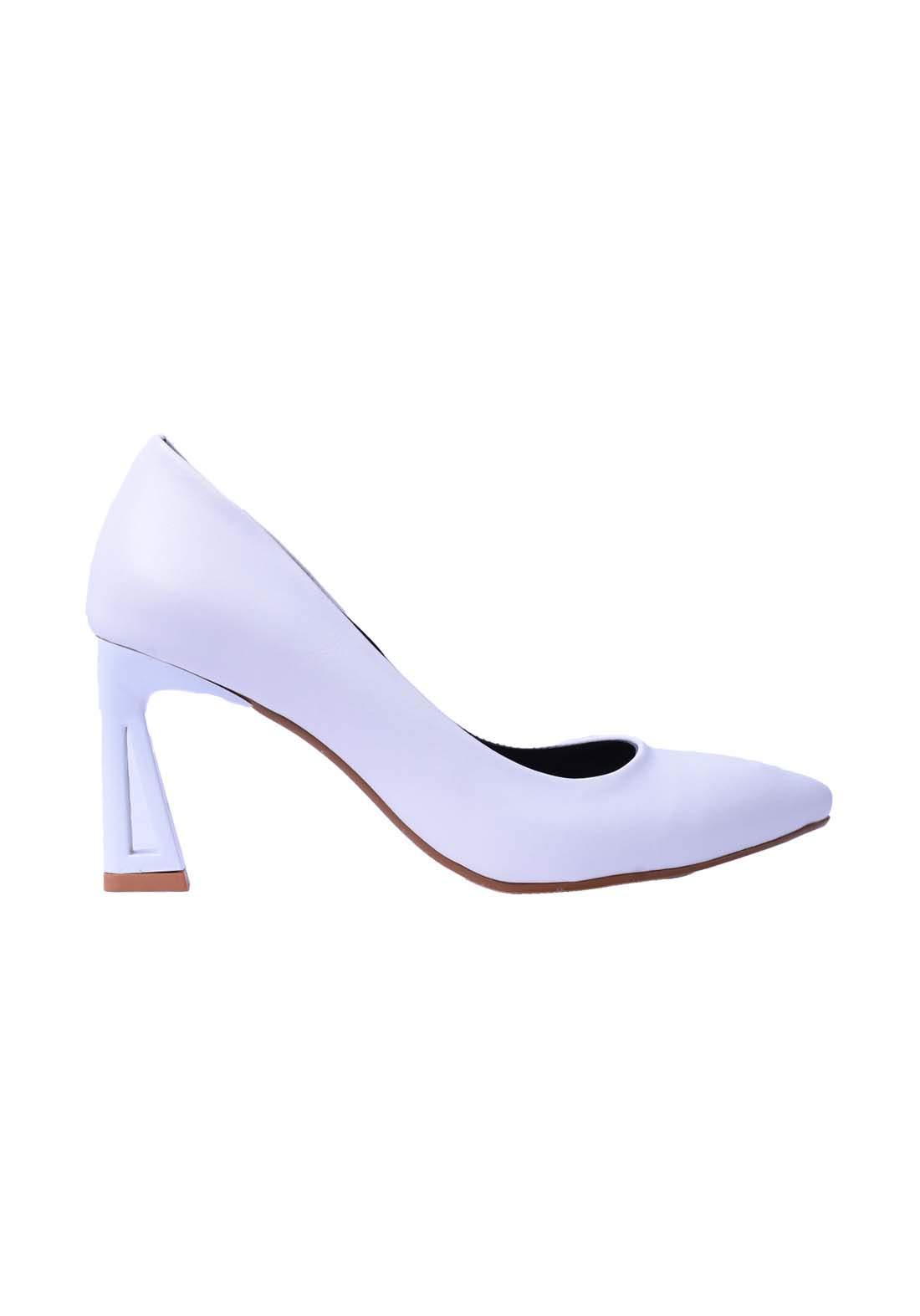 حذاء نسائي جلد ابيض اللون
