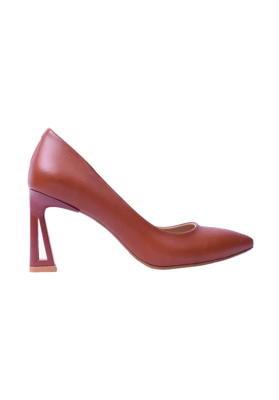 حذاء نسائي جلد بني اللون