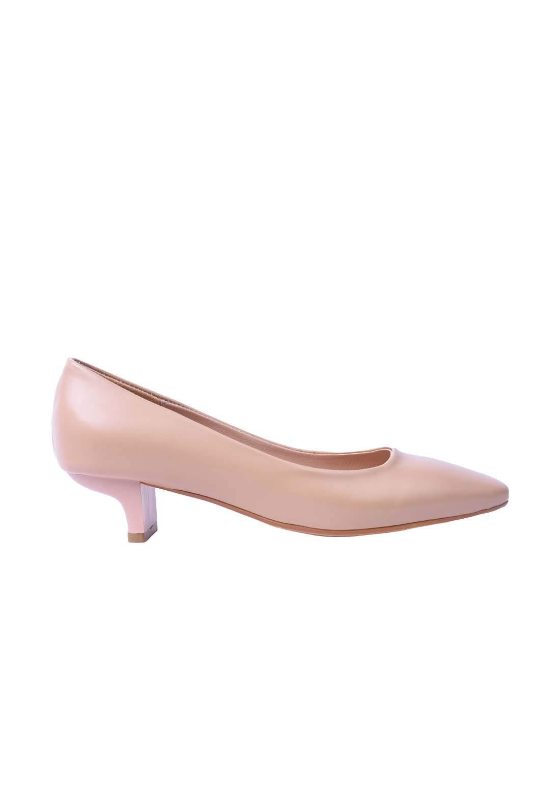حذاء نسائي جلد بيجي اللون