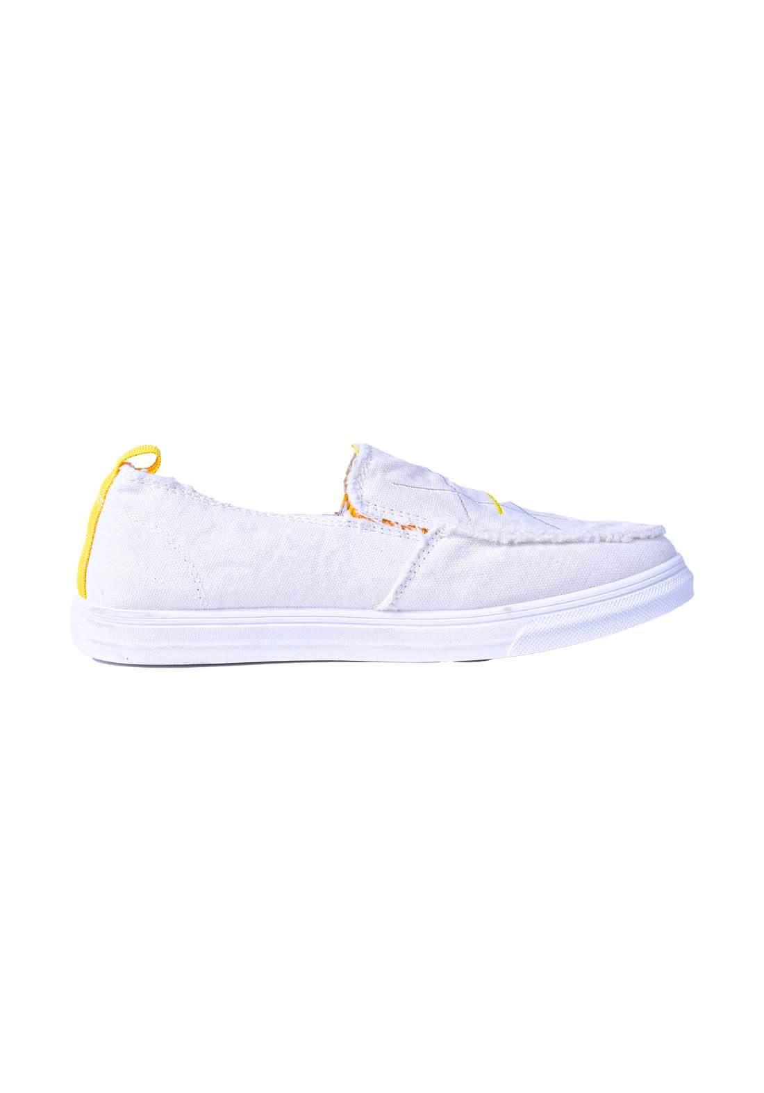 حذاء نسائي قماش ابيض اللون