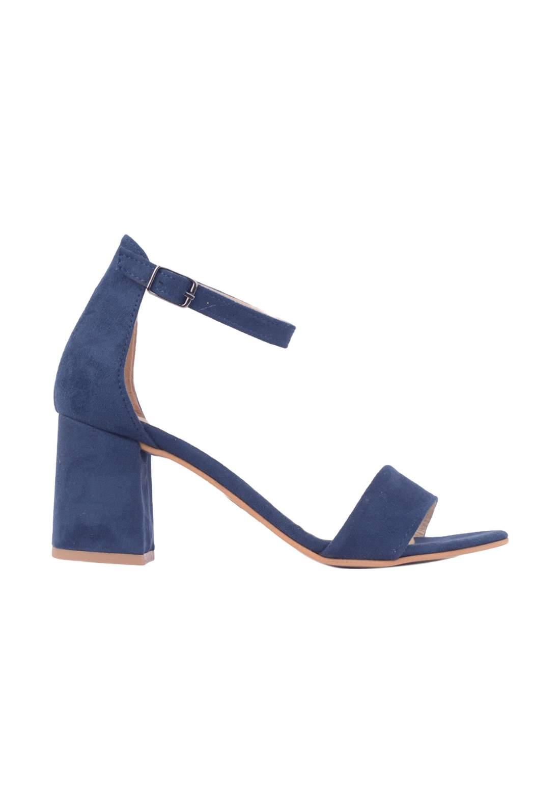 حذاء كعب نسائي ازرق اللون