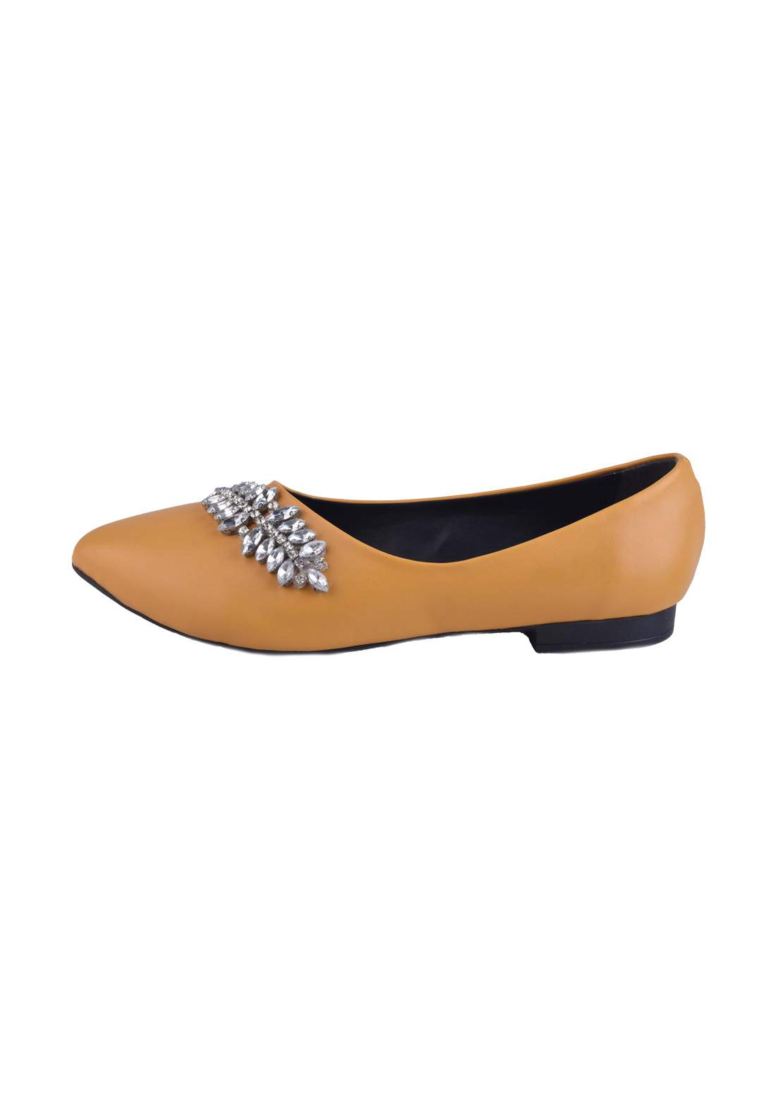 حذاء نسائي  اصفر اللون