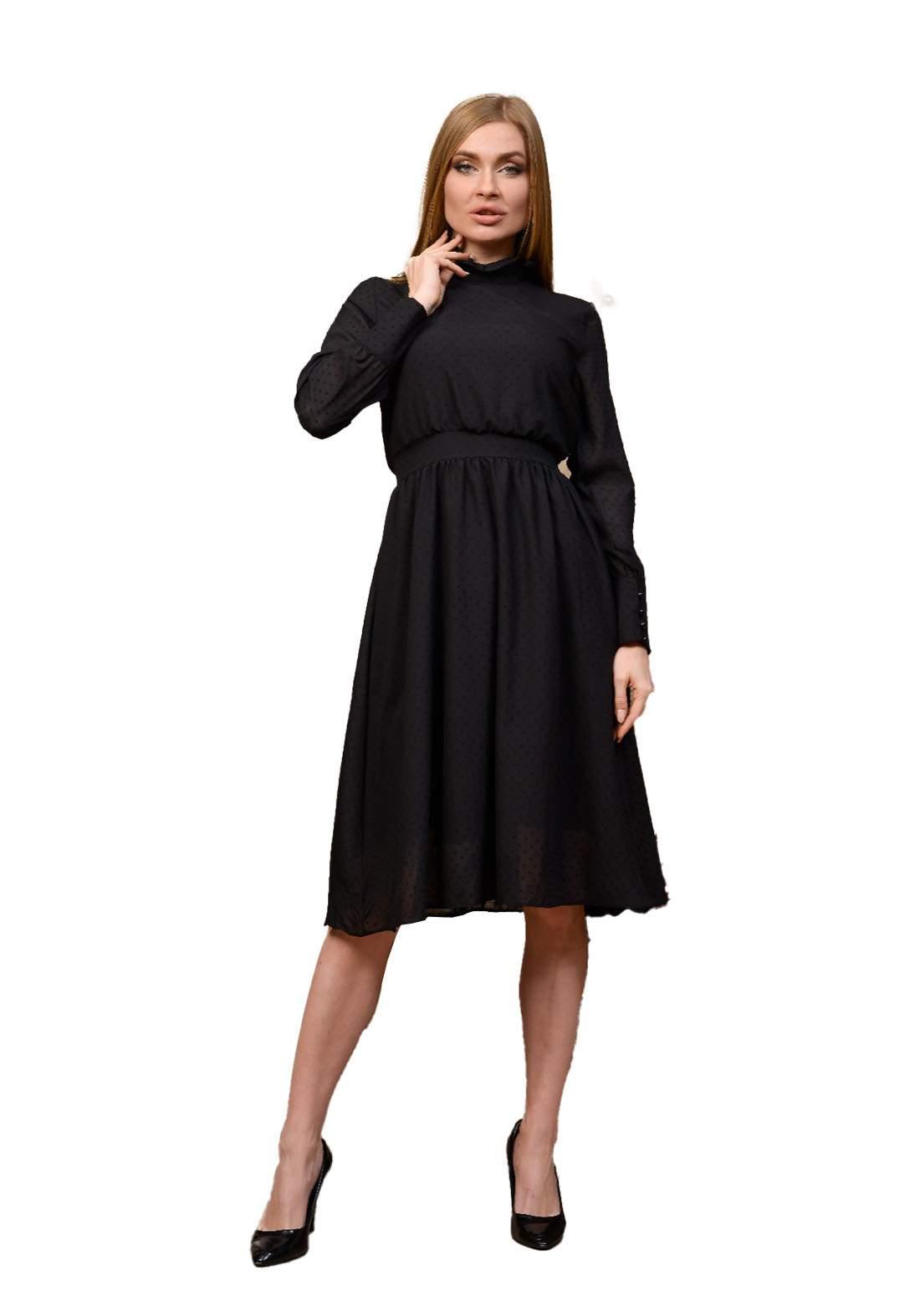 فستان نسائي أسود اللون