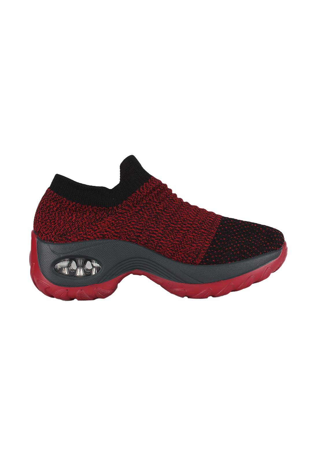 حذاء نسائي رياضي أحمر اللون