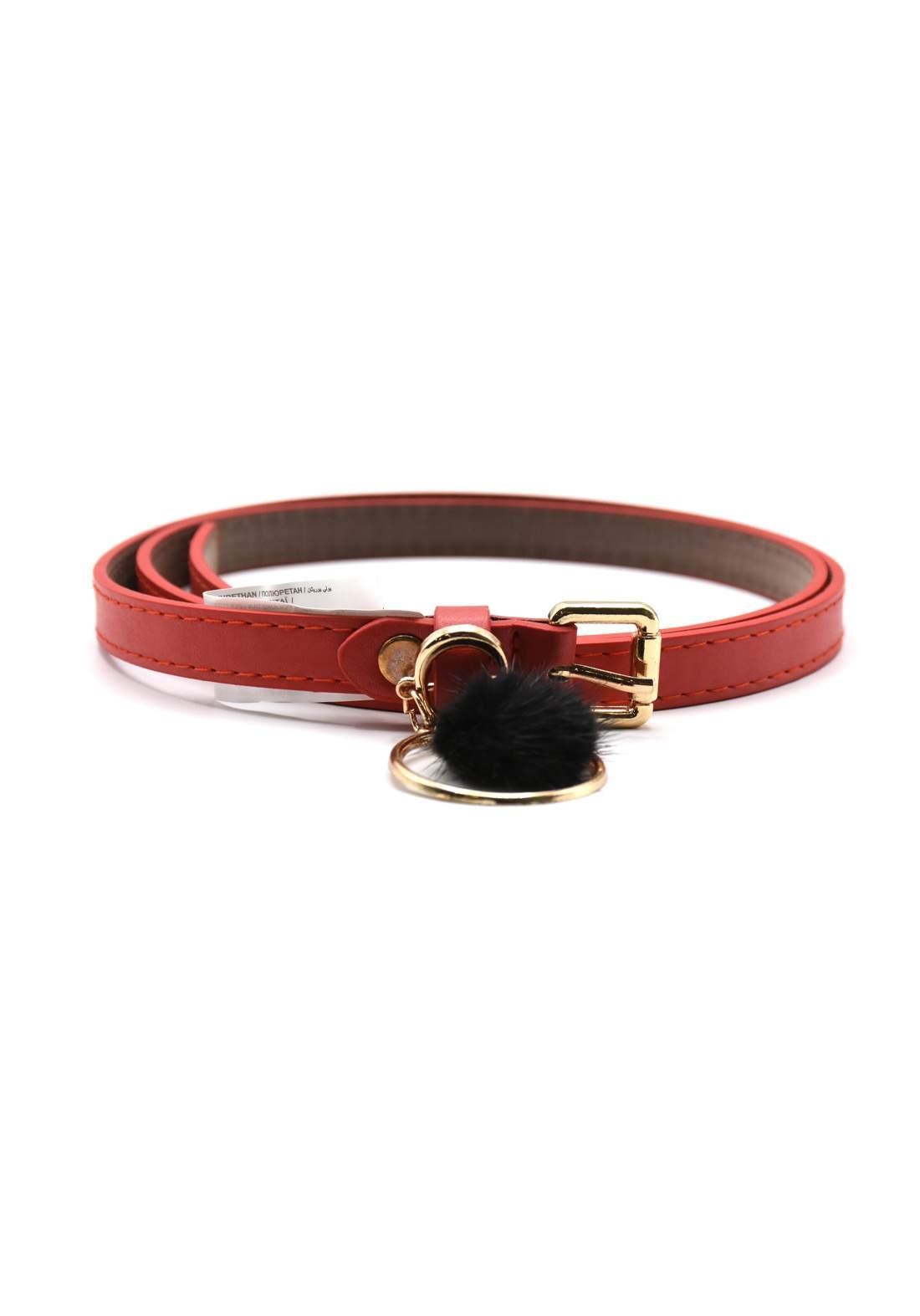 حزام نسائي جلد أحمر اللون بأبزيم ذهبي  104 سم