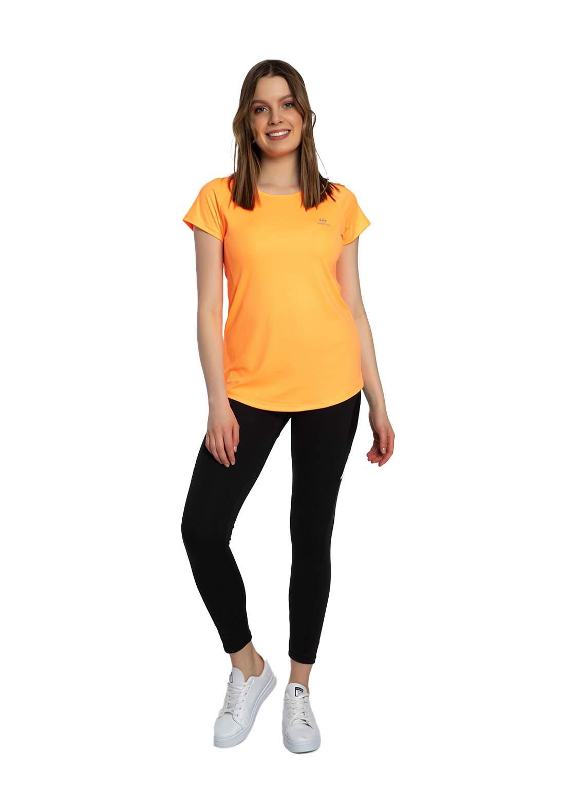 تيشيرت نسائي برتقالي اللون