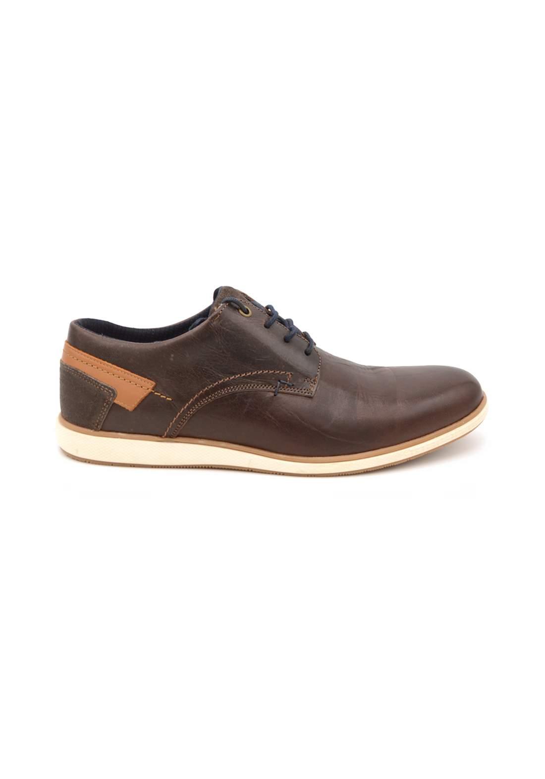 حذاء رجالي بني اللون من Oliver jacob