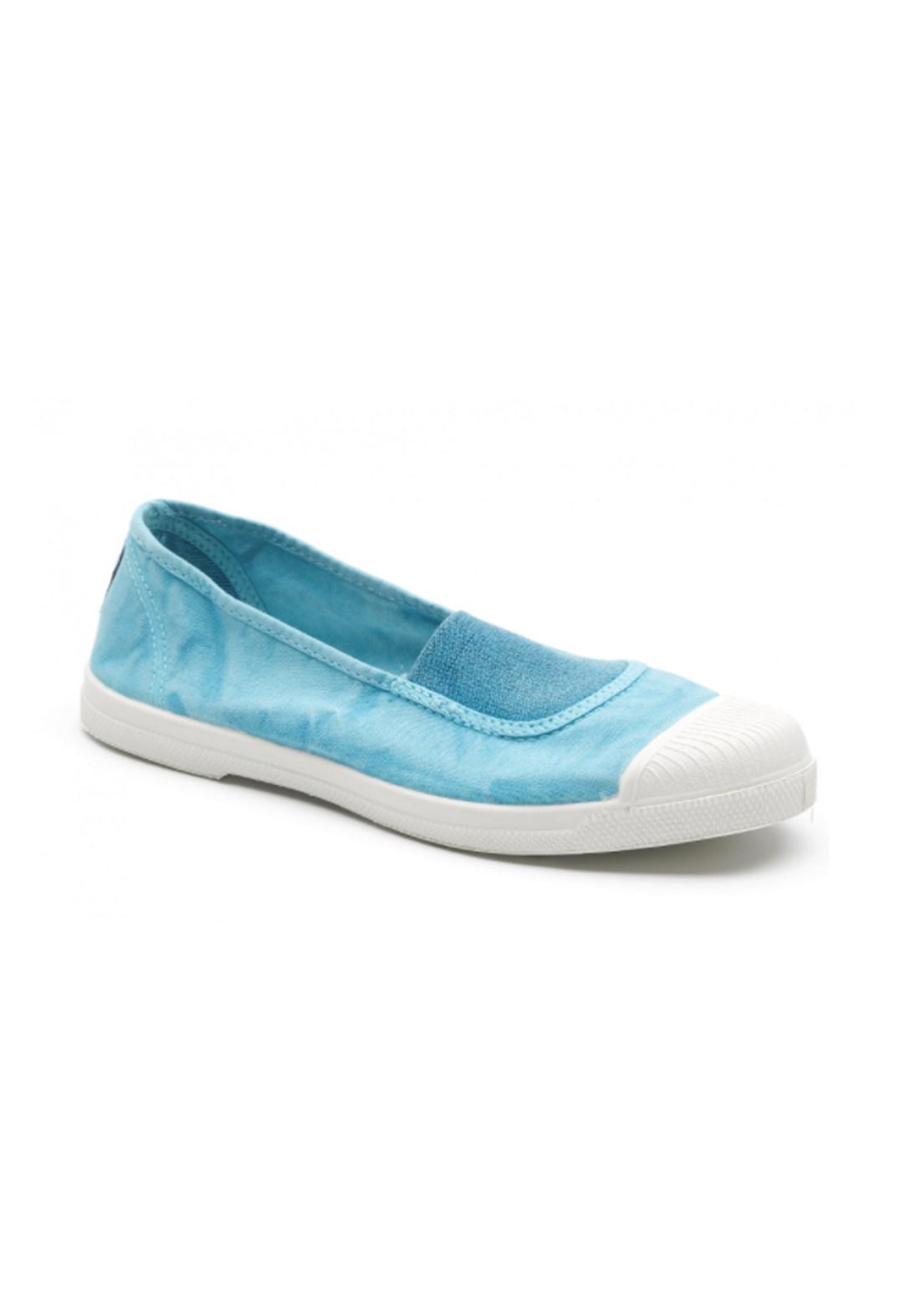 World Natural Eco حذاء كاجول سمائي اللون من