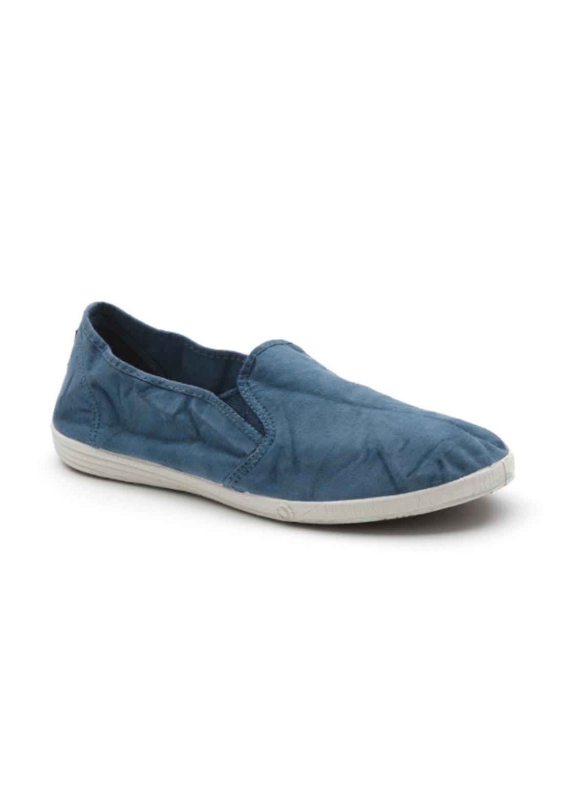 World Natural Eco حذاء كاجول ازرق اللون من